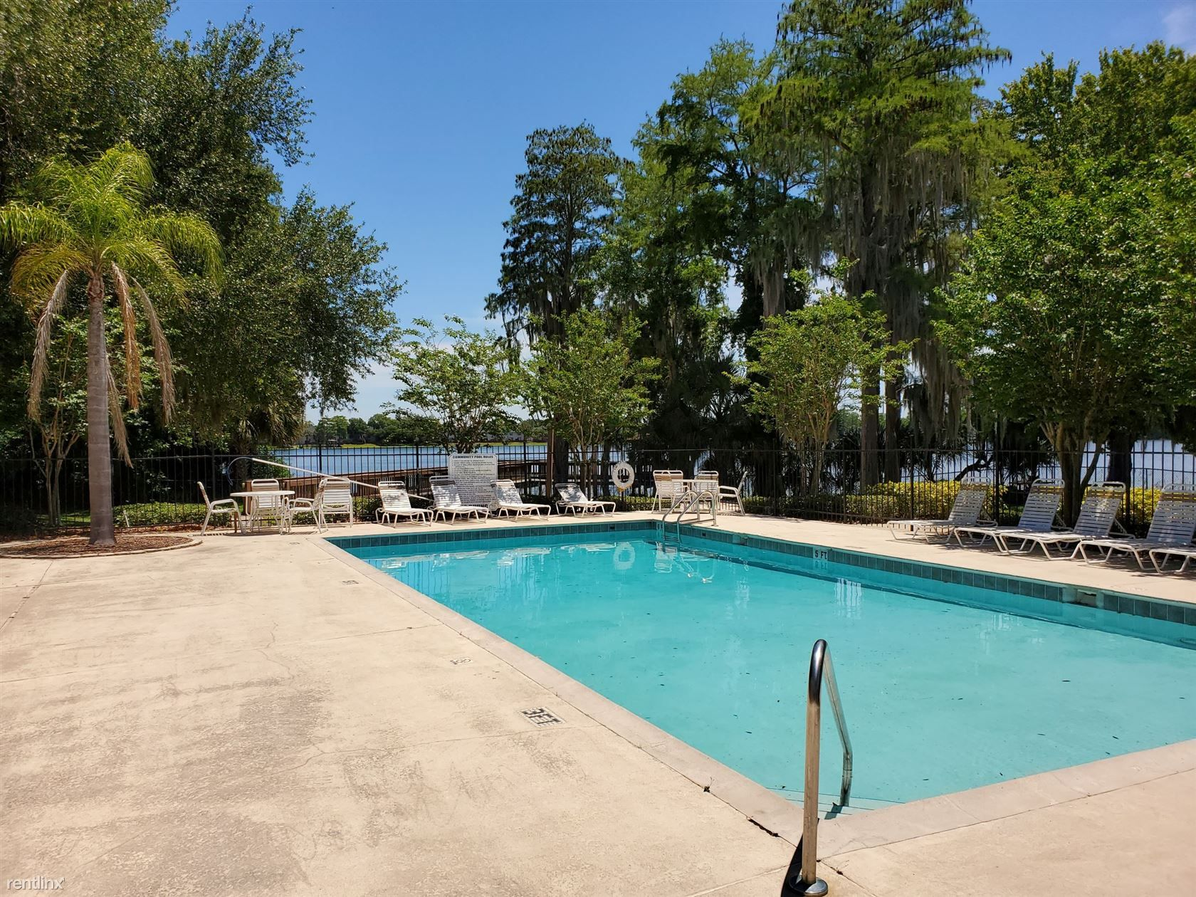 Bella Lago Apartments photo