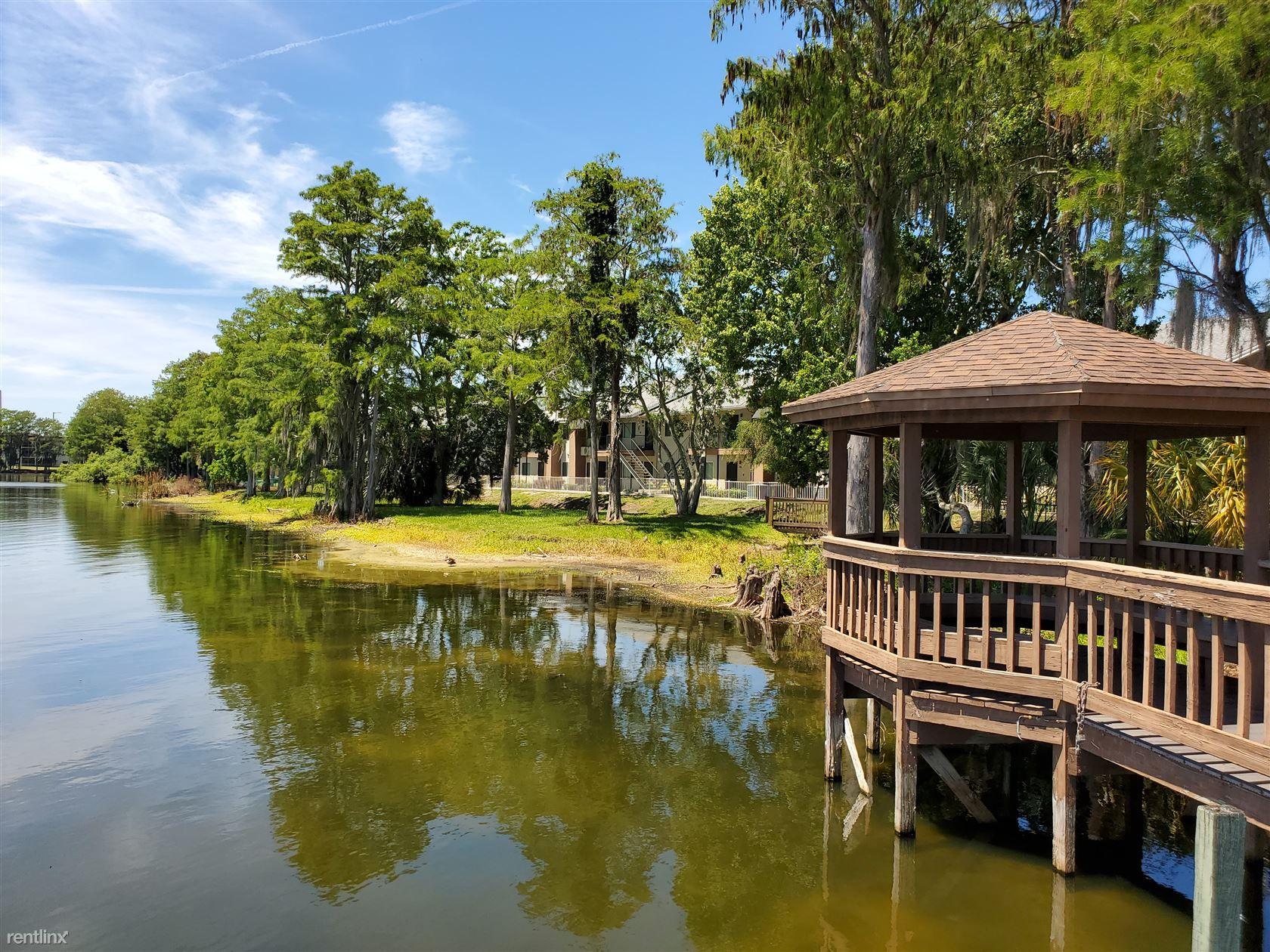 Bella Lago Apartments