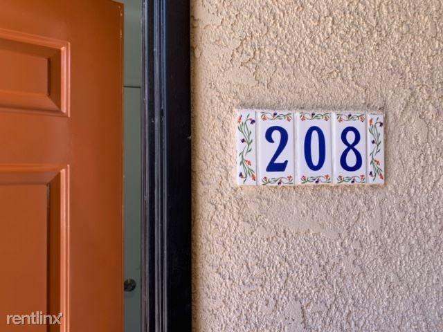 7120 Ramsgate Ave 208