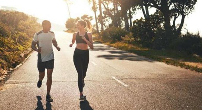 訓練   安全第一 跑步不要戴耳機的6個理由