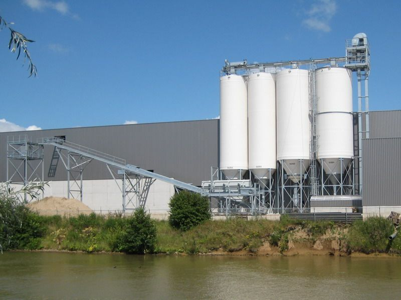 Products Intake and Storage - Silo's and Silo-systems - Poeth Solids Processing - Tegelen