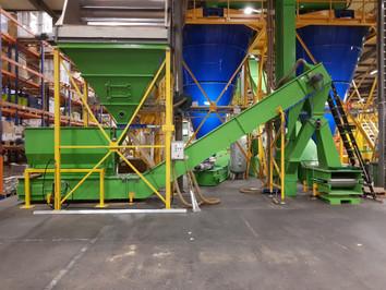 Kistenkantelaar graszaad - Bulk Solids Industrie - Poeth Solids Processing - Tegelen