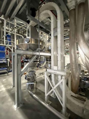 Plastic recycling conveyor - Bulk Solids Industrie - Poeth Solids Processing - Tegelen