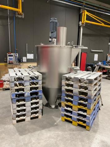 Verticale menger / homogeniseer hopper - Bulk Solids Industrie - Poeth Solids Processing - Tegelen