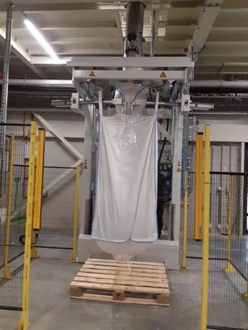 Big-bag automatisch dichtsnoeren dichtknopen - Food Industry - Poeth Solids Processing - Tegelen