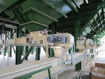 Chain Conveyor Silo Hopper - Malt Handling / Breweries Industry - Poeth Solids Processing - Tegelen