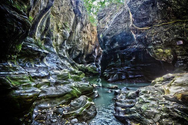[Image: canyon.jpg]