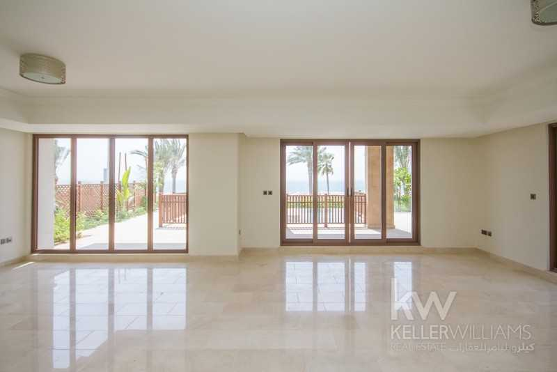 Balqis Residence 4 Bedroom Villa / Sea Facing /