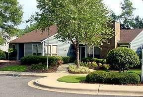 Oak Brook Apartments
