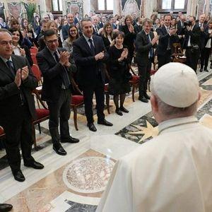 Папата Фрањо: Абортусот е убиство