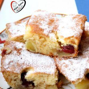 Kolač sa dinjama i višnjama: Bolji od bilo koje voćne torte!