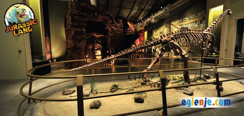 Jurassic Land Banner 1