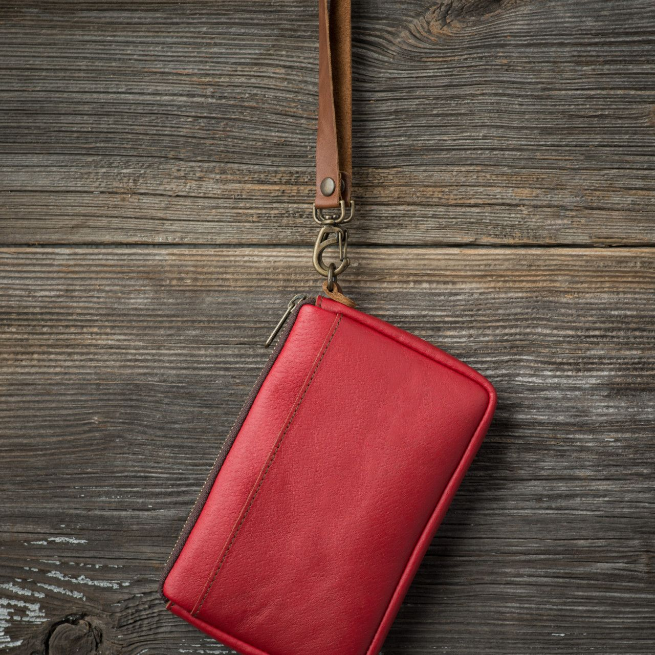 Handle Clutch Purse in red