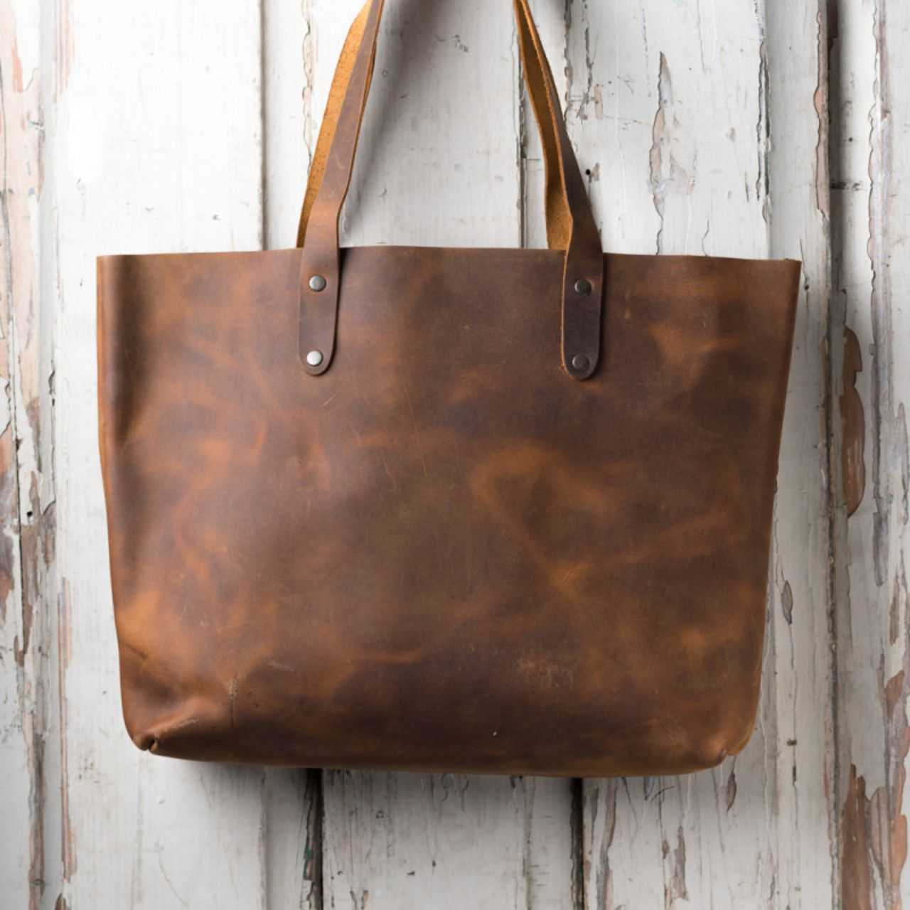 Simple Tote in tobacco