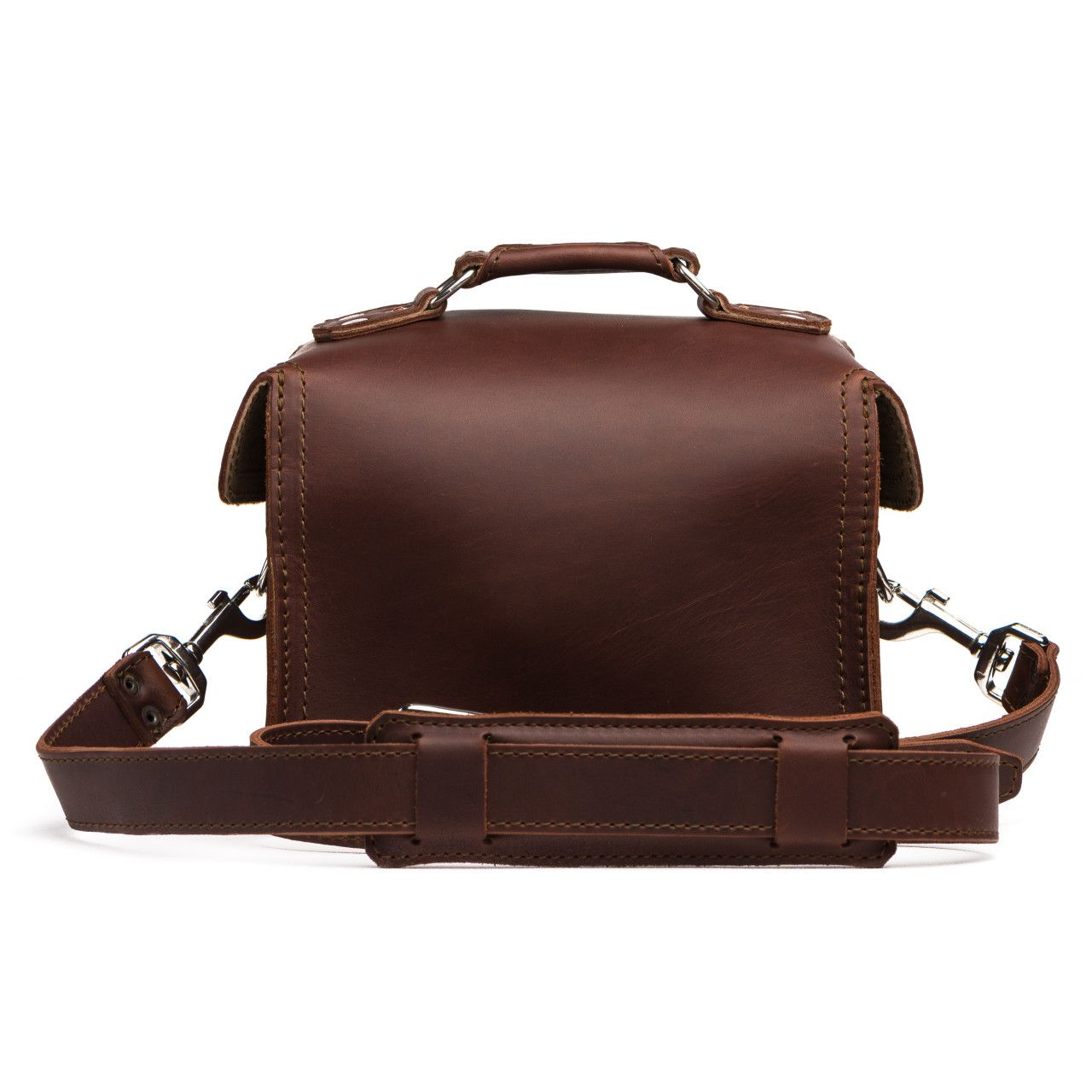 leather gadget bag medium in chestnut leather