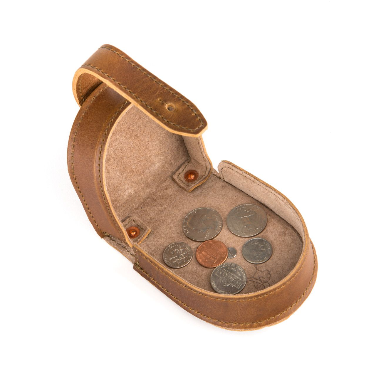 leather coin purse in tobacco leather with fine coins
