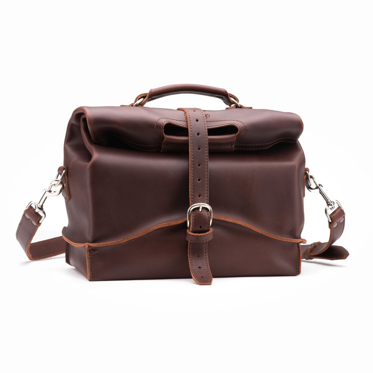 leather overnight bag large in chestnut leather