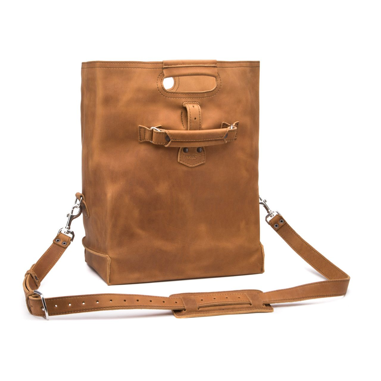 leather overnight bag large in tobacco leather
