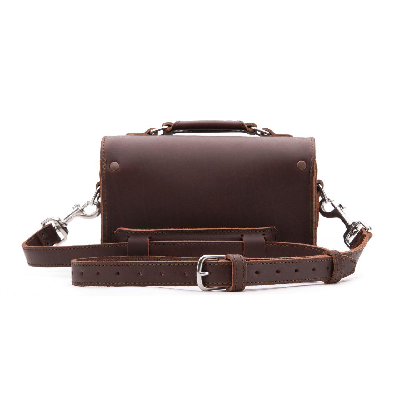 leather travel case medium in chestnut leather
