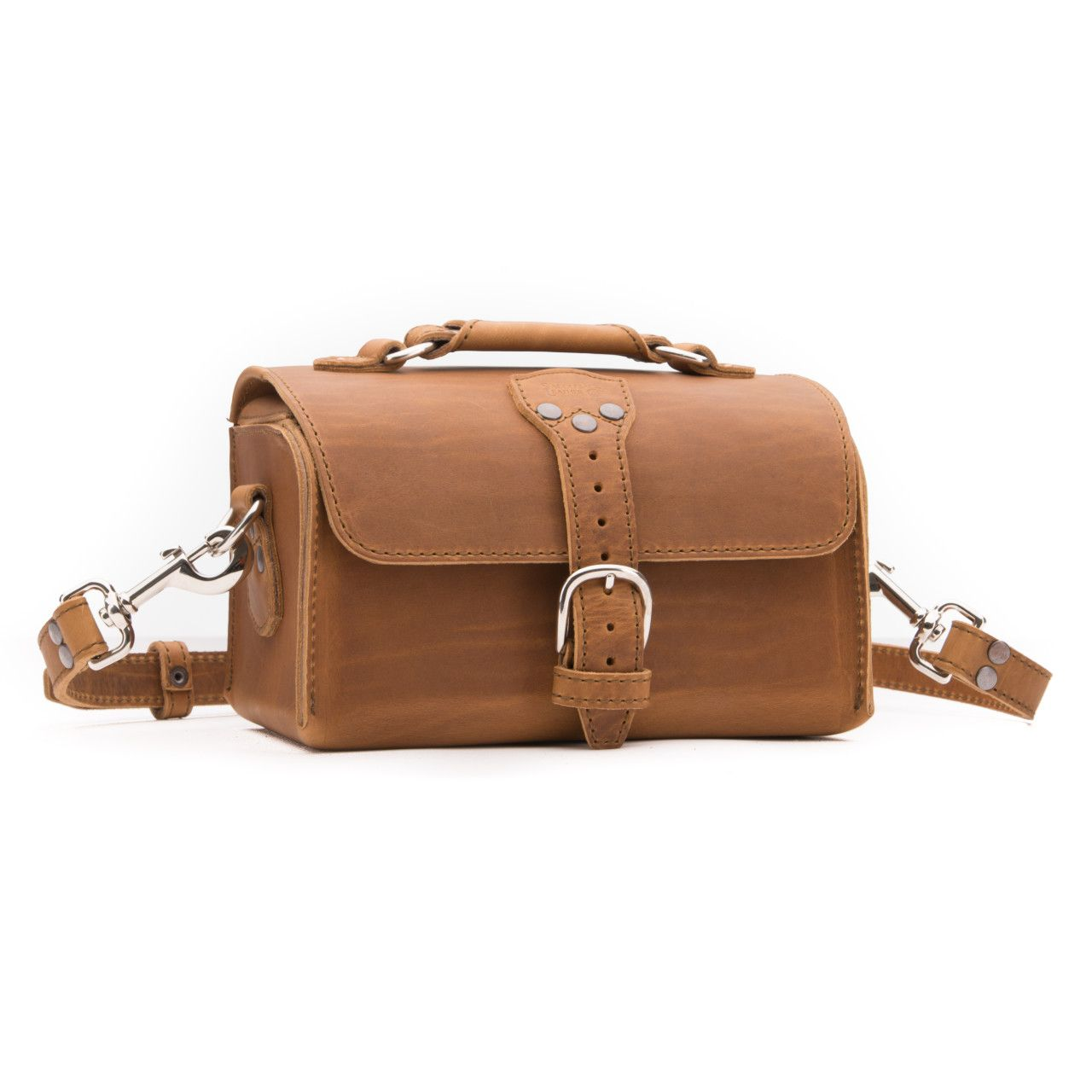leather travel case medium in tobacco leather