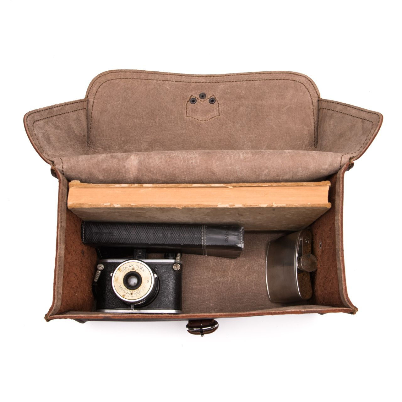 For your most valuable souvenirs suitcase will be leather gadget bag large in chestnut leather