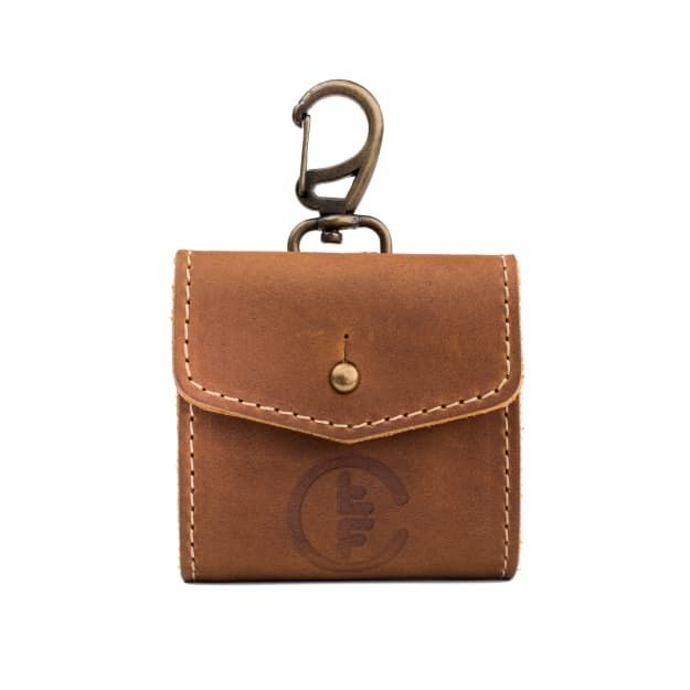 leather fly fishing wallet medium in tobacco leather