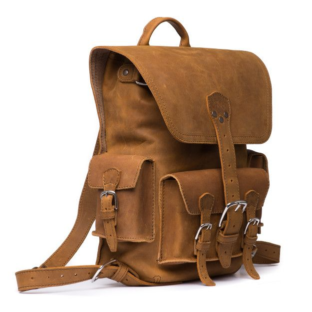 leather backpack medium in tobacco leather