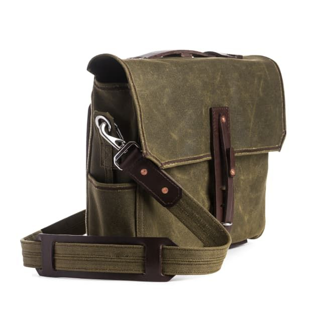 medium waxed canvas gear bag in moss green canvas