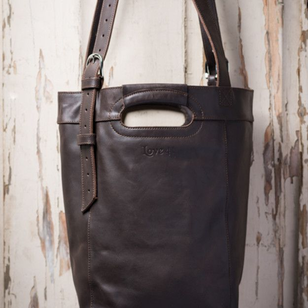 Bucket Bag in dark coffee brown