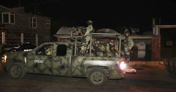 Banden- und Drogenkriminalität: 13 Polizisten bei Attacke auf Konvoi in Mexiko getötet
