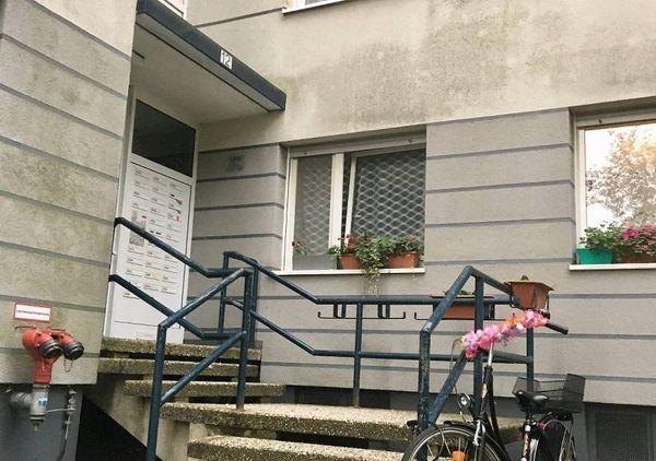 Hochhäuser an der Köbener Straße: LEG baut in Hilden Eingänge barrierefrei um