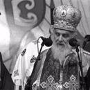 Patrijarh Irinej izgubio borbu sa opakim virusom, predsednik Vučić se oprostio potresnim rečima