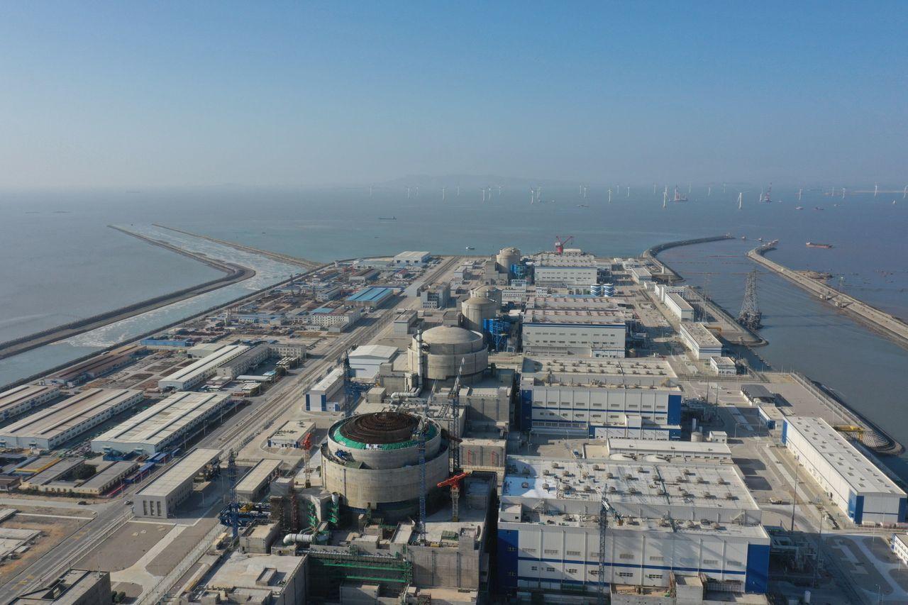 福建省的一座核电站的航拍图,图片摄于1月30日。