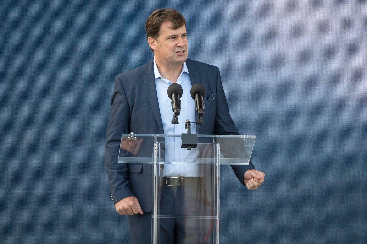 福特CEO法利表示该公司预计芯片短缺问题会在第二季度恶化。