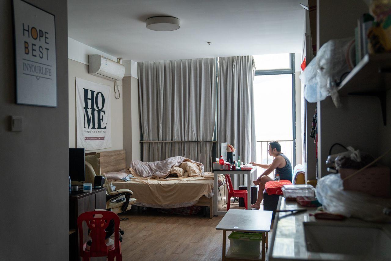 位于深圳的一套公寓。该市是中国发展最快的城市之一,对于年轻人有很强吸引力。