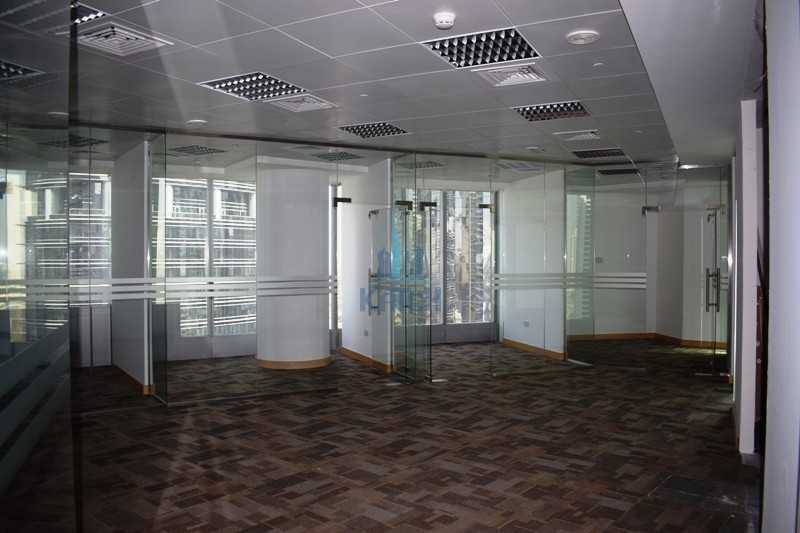 Huge Fully Fitted Office With Partitions