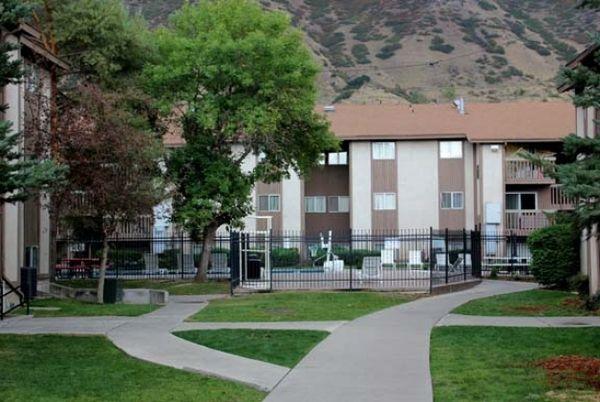 Centennial Apartments photo