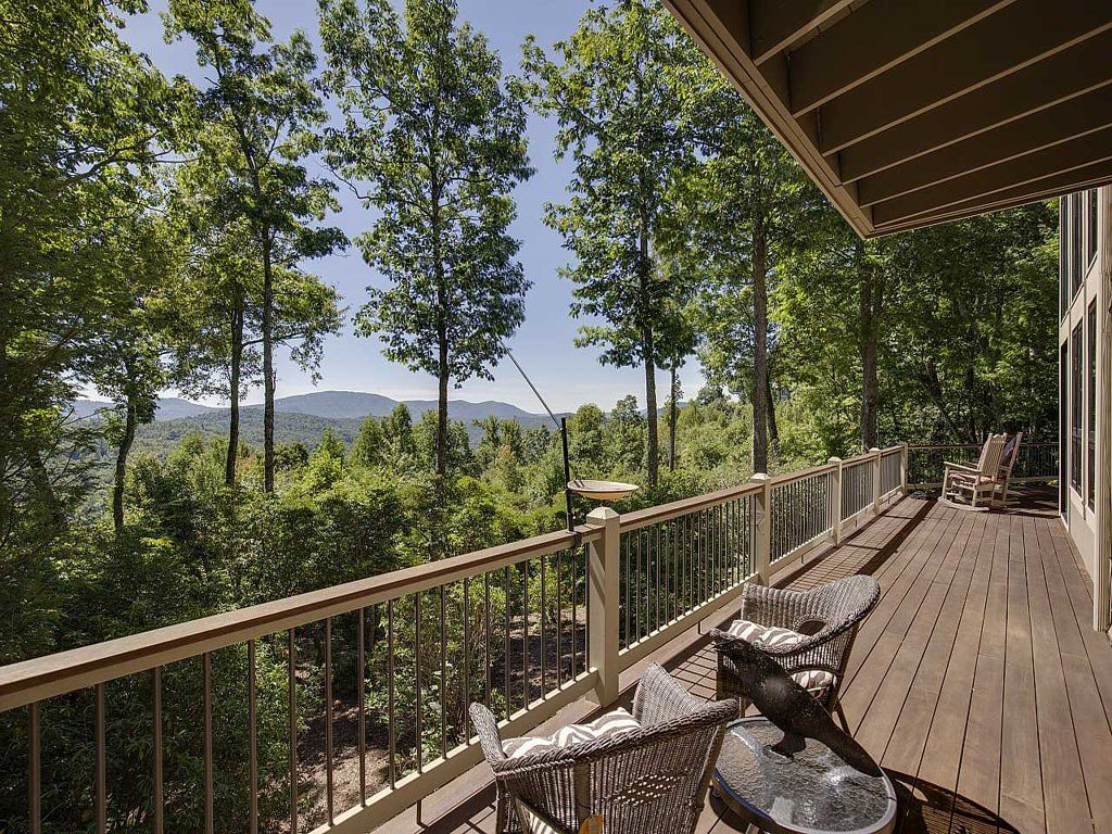 Image 16 for 303 Piney Knoll Lane in Hendersonville, North Carolina 28739 - MLS# 594664