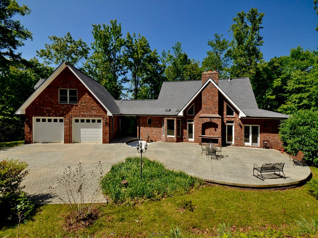 225 Smith Cove Road in Candler, North Carolina 28715 - MLS# 3181518