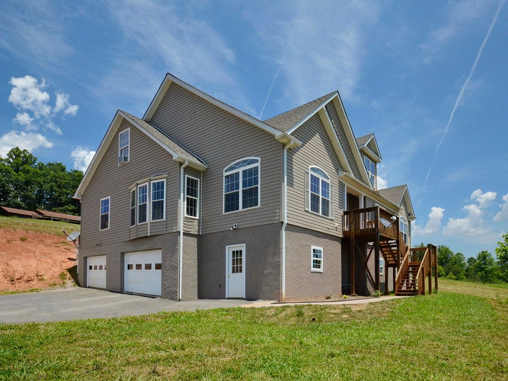 22 Eatmon Hill Drive in Mars Hill, North Carolina 28754 - MLS# 3187719