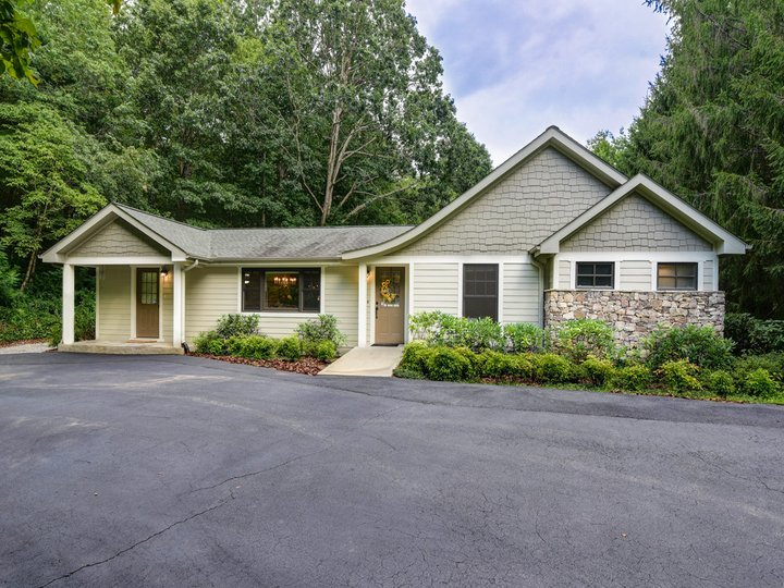 Image 1 for 36 Ted Linn Drive in Fairview, North Carolina 28730 - MLS# 3203432