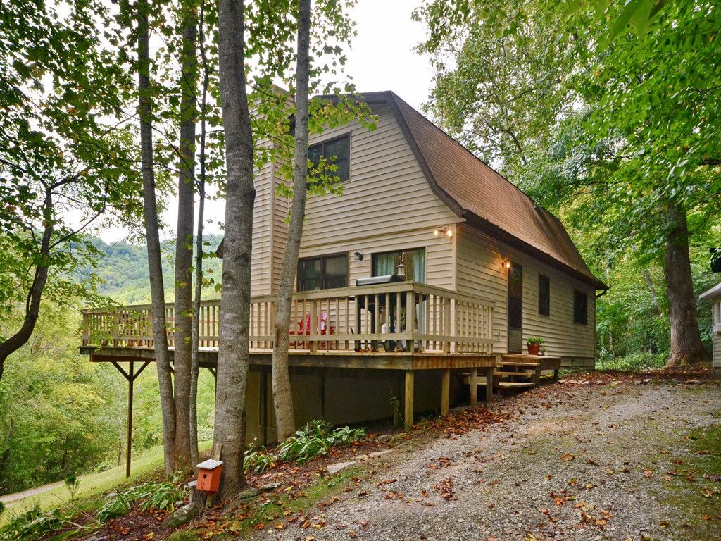 187 Mystic Cove Road in Waynesville, North Carolina 28785 - MLS# 3218088