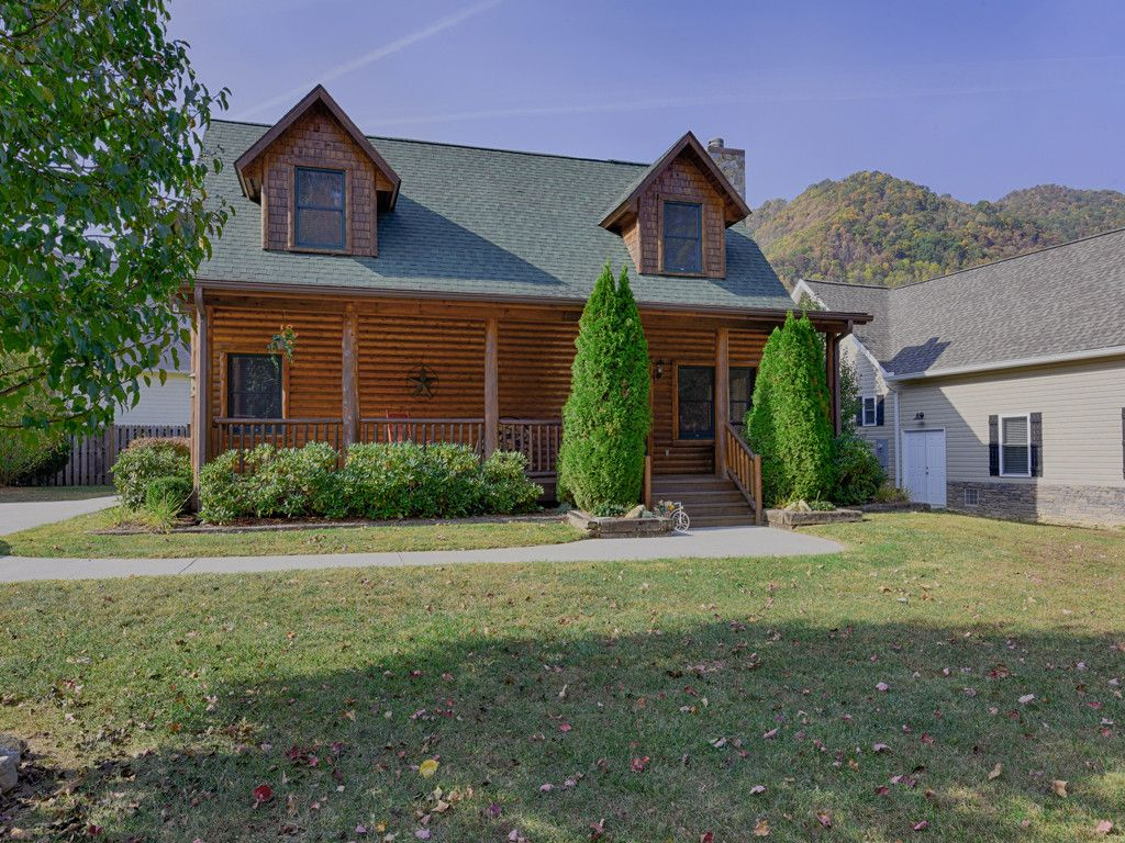204 Campbell Creek Road in Maggie Valley, North Carolina 28751 - MLS# 3225927