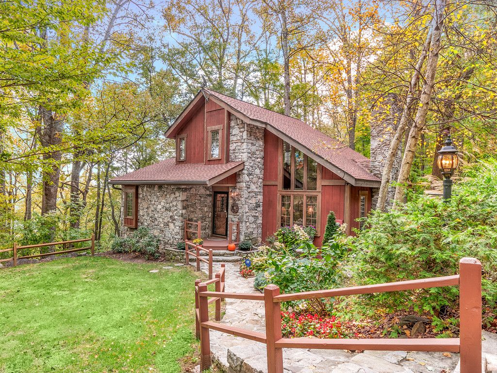 2999 Town Mountain Road in Asheville, North Carolina 28804 - MLS# 3226286