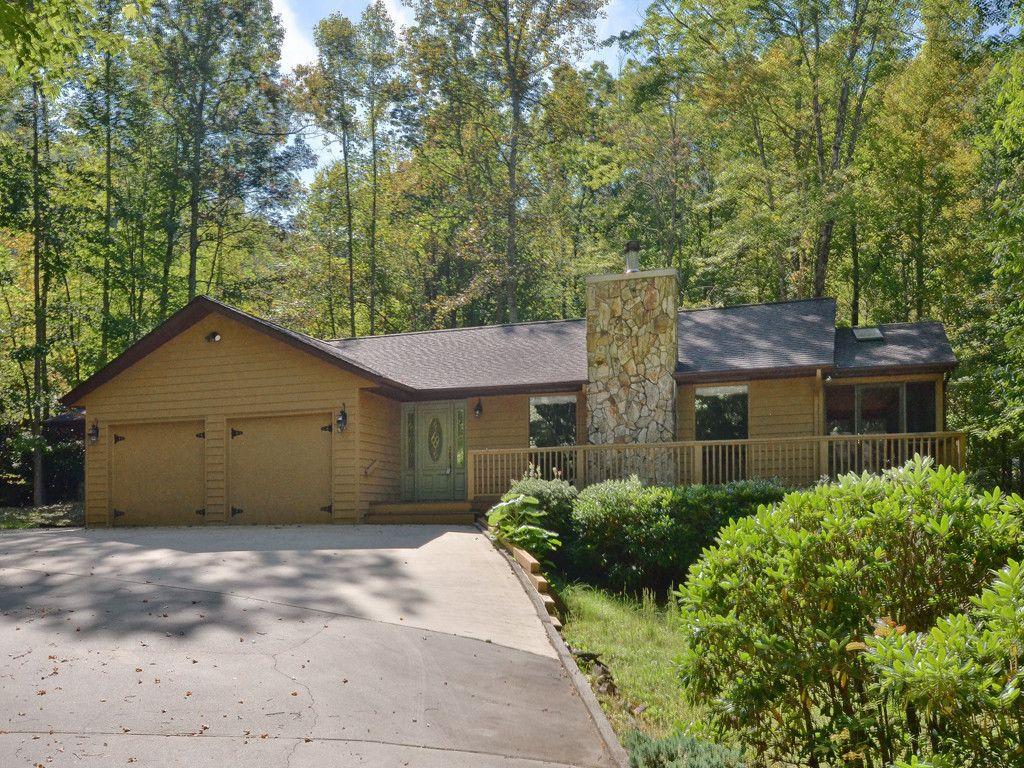 482 Wildcat Mountain Road in Waynesville, North Carolina 28786 - MLS# 3249238