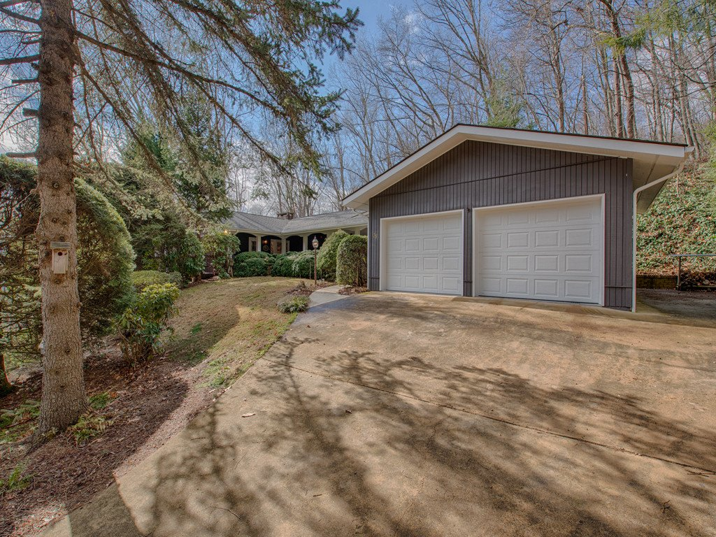 Image 1 for 38 Laurelwood Lane in Waynesville, North Carolina 28786 - MLS# 3247553