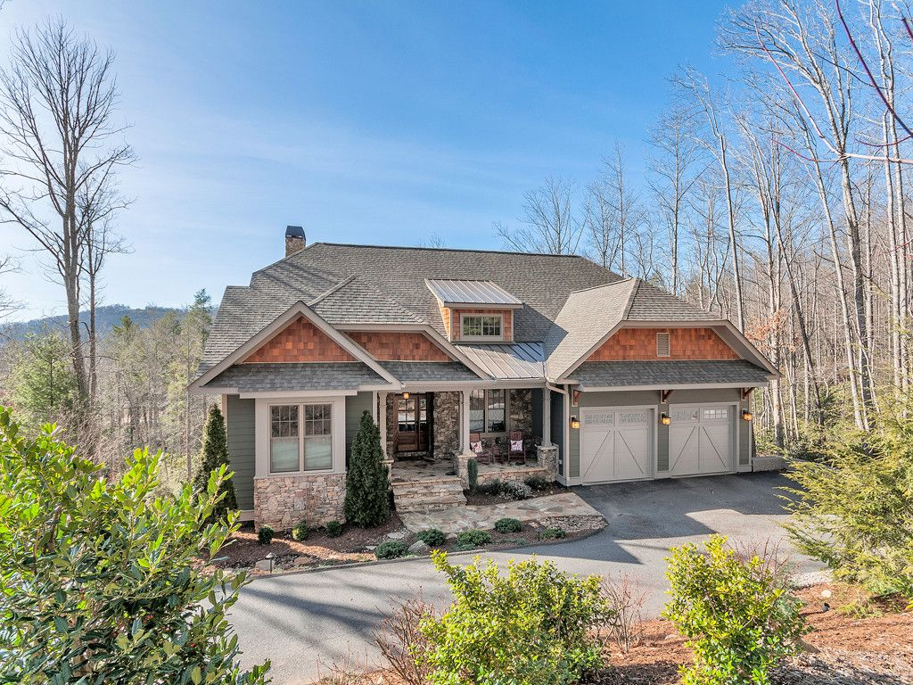 42 Red Tail Court in Fairview, North Carolina 28730 - MLS# 3250964