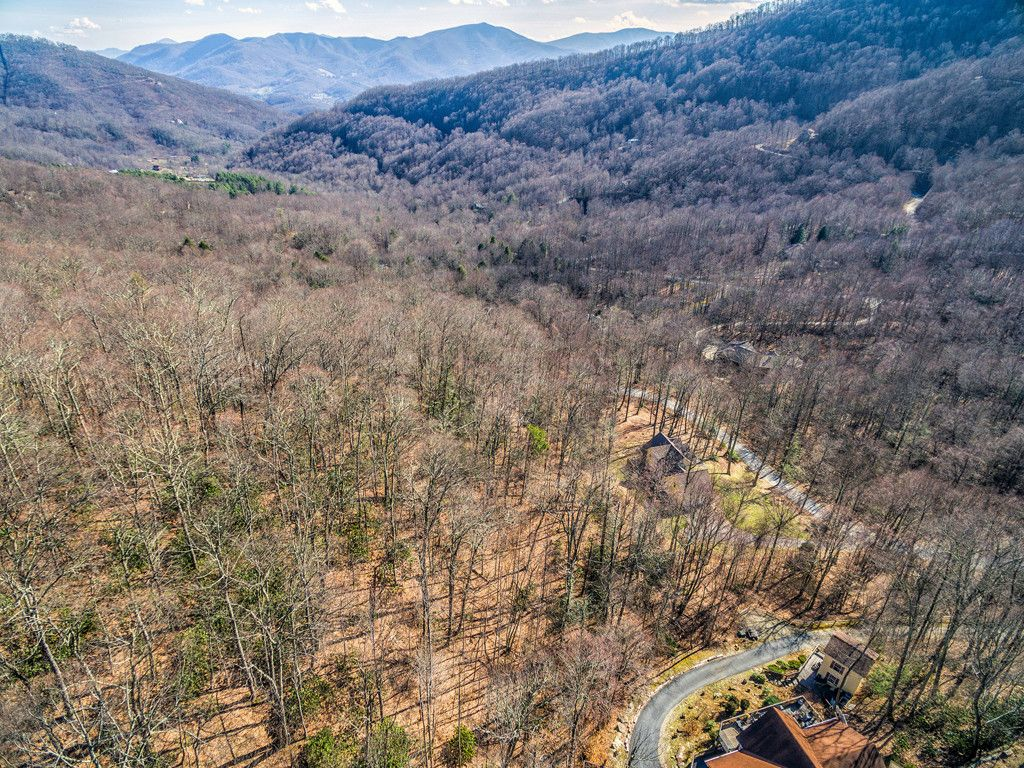Lot 289 Winding Creek Drive in Waynesville, North Carolina 28786 - MLS# 3251382