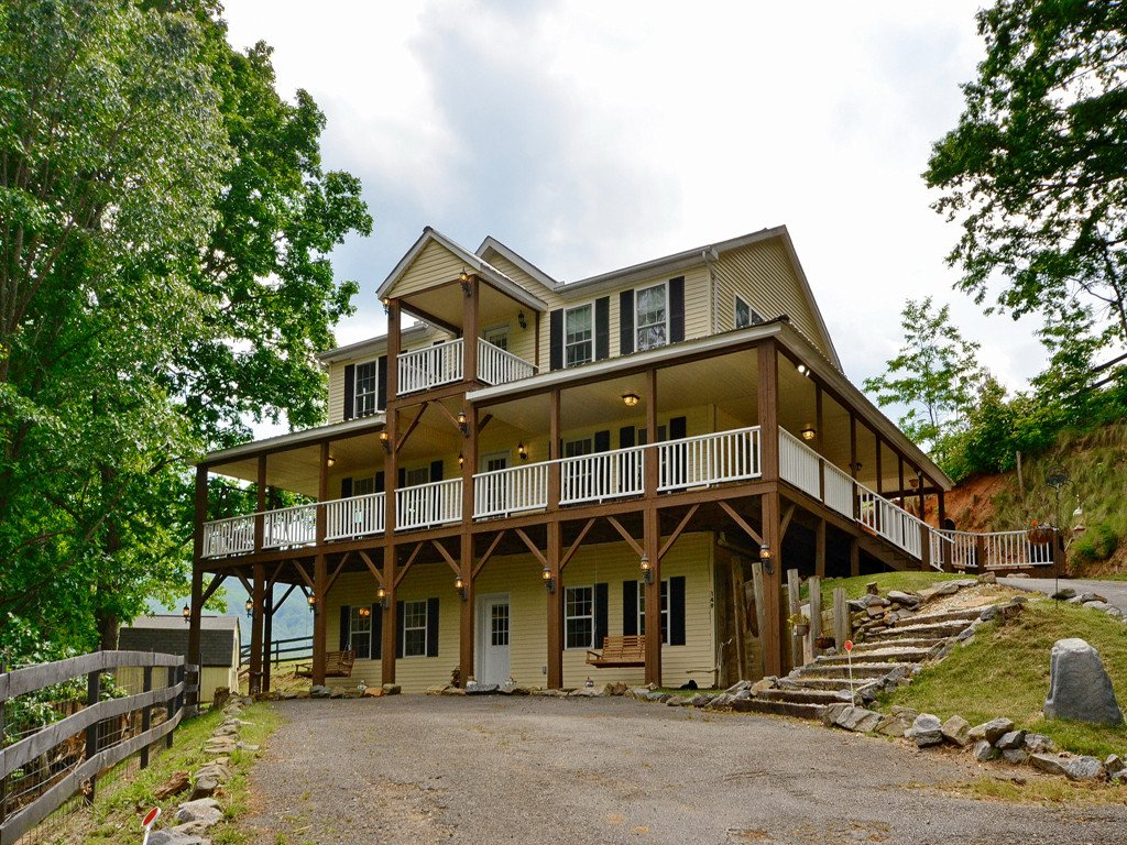 Image 1 for 149 Weathering Heights in Waynesville, North Carolina 28785 - MLS# 3252095
