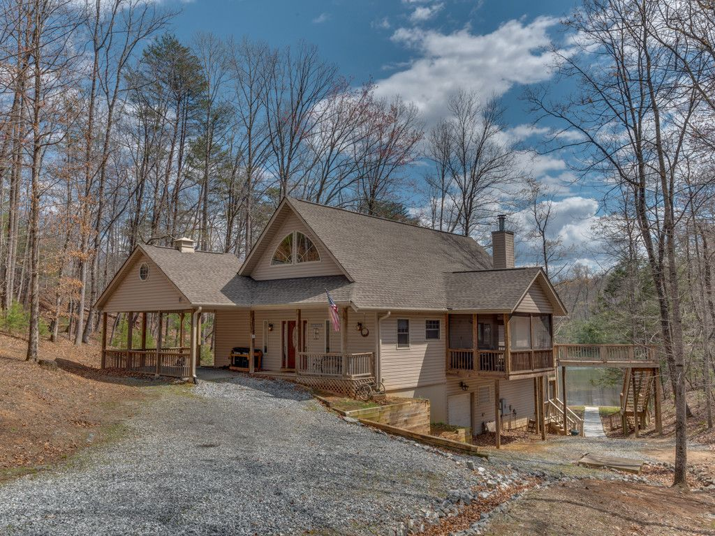 532 Lakewood Drive in Lake Lure, North Carolina 28746 - MLS# 3266190